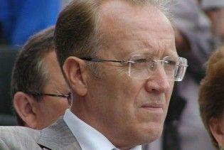Янукович уволил севастопольского градоначальника
