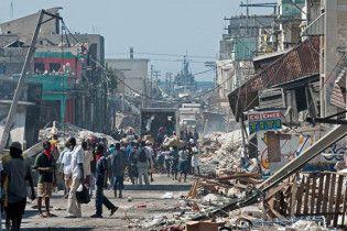 В разрушенной столице Гаити произошло новое землетрясение