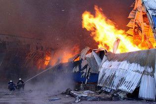 Во время пожара на луганском комбинате погибли два человека