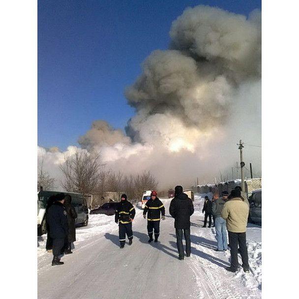 На луганском комбинате произошел пожар: судьба двух человек неизвестна