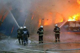На месте пожара луганского комбината обнаружено обгоревшее тело
