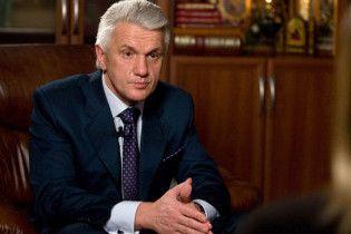 Литвин: Тимошенко пытается поссорить меня с Януковичем