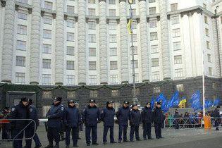 БЮТ: регионалы готовят захват госучреждений при содействии Ющенко