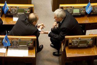 Обсуждение закона о выборах затягивается. Нардепам не дают пообедать