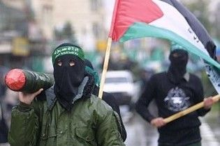 ХАМАС запретил палестинцам принимать гуманитарную помощь