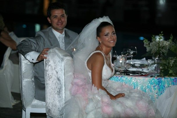 Ани Лорак будет рожать в воде на Кипре