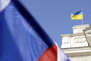 Партия регионов: Украина больше не будет заглядывать в рот России