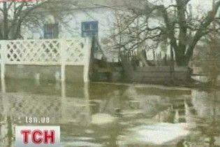 Крым страдает от наводнения и шквального ветра