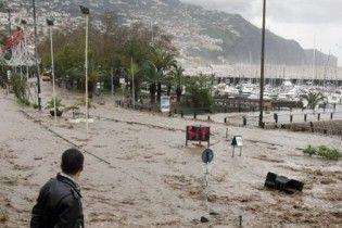 Наводнения на Мадейре привели к гибели более 30 человек