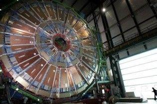 В день инаугурации Януковича запустят Большой адронный коллайдер