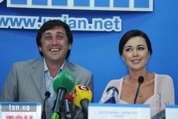 Анастасия Заворотнюк разводится с мужем-фигуристом из-за денег