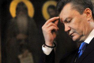 Янукович с Азаровым и Литвином помолились в Лавре