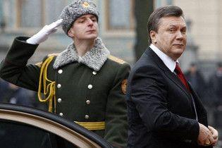 Янукович: Украина будет сотрудничать с НАТО, но без вступления
