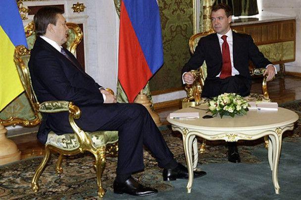 Первый визит Януковича в Москву