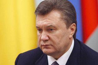 Янукович попросит КС срочно разобраться с изменениями регламента Рады