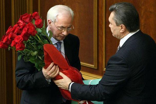 Красные розы для нового премьера