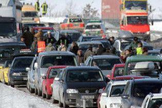 На немецком автобане столкнулись около 130 автомобилей