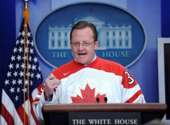 Роберт Гіббс у светры збырноъ канади з хокею