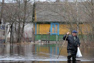 Сильные ливни затопили три района Закарпатья