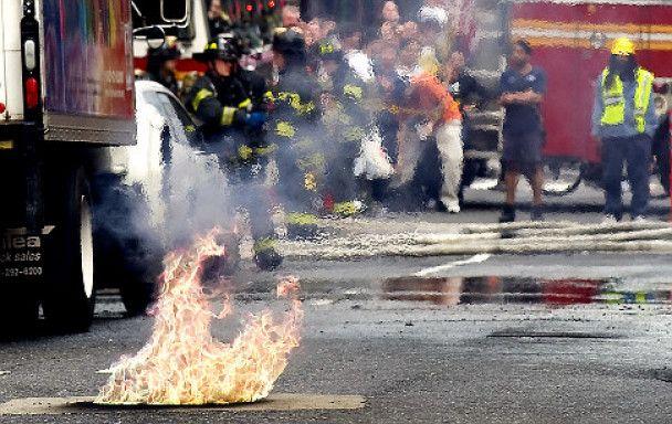 В Нью-Йорке произошел мощный подземный взрыв