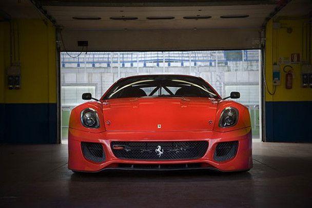 Ferrari представил самый быстрый суперкар в своей истории