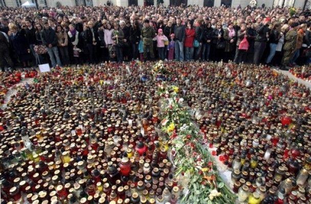 Тело погибшего в авиакатастрофе президента Польши перевезли в Варшаву
