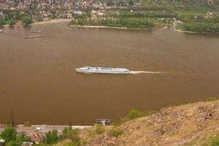 Украинский корабль столкнулся с болгарским на Дунае