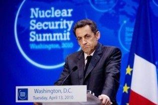 Саркози поедет к ливийским повстанцам в Бенгази