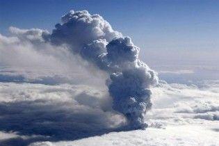 В Исландии эвакуировали 800 человек из-за повторного извержения вулкана