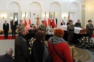 Главы государств отказались лететь на похороны Качиньского из-за облака пепла