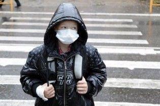 В Украине закрыли на карантин первую школу