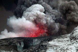 Активность исландского вулкана снизилась в десять раз