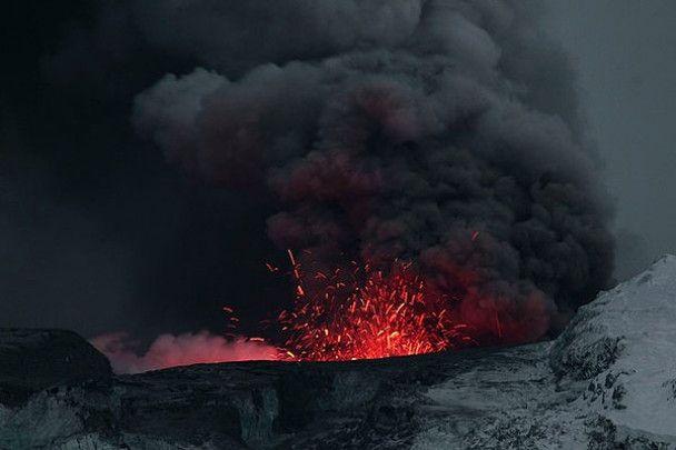 Вулкан, парализовавший Европу