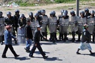 Власти Киргизии отдали приказ стрелять по мародерам на поражение