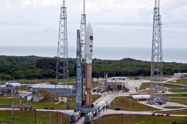 США запустили беспилотный военный космический корабль