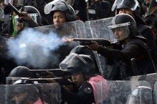 Военные взяли штурмом баррикады оппозиционеров в Бангкоке