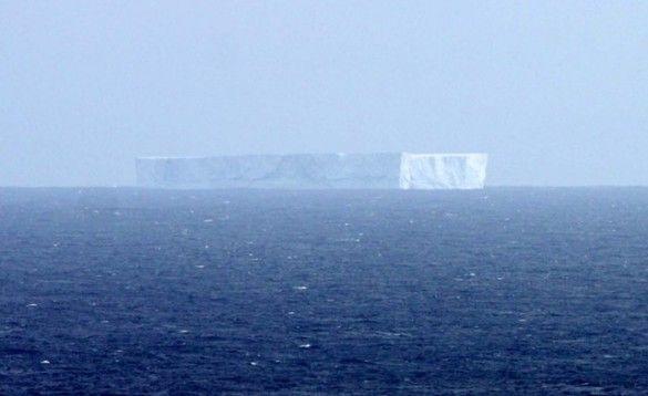 Айсберг біля Маккуорі