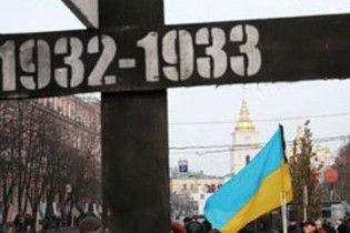 Янукович вернул на свой сайт раздел о Голодоморе