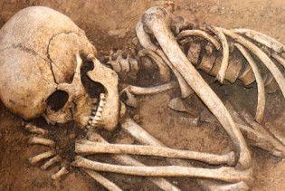 На Ровенщине под храмом найдены останки 30 человек
