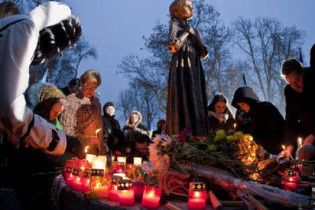 В Киеве напомнят Януковичу о Голодоморе