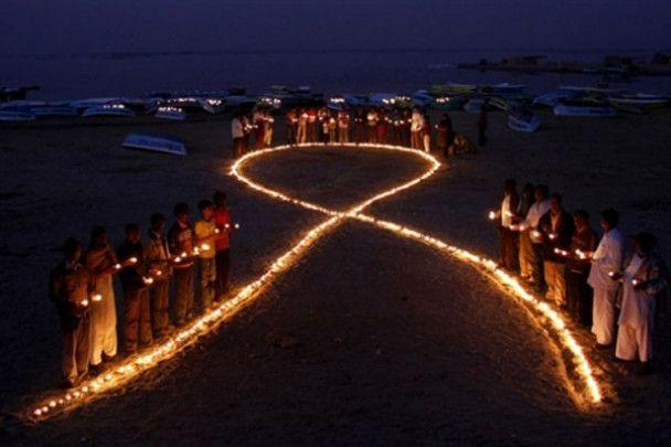 Украина отмечает День борьбы со СПИДом