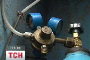 Пяти полтавским больницам запретили пользоваться баллонами с кислородом