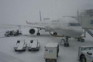 В Украине из-за снега опять закрываются аэропорты