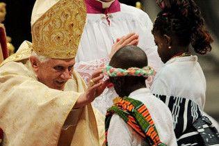 Папа Римский пообещал жертвам священников-педофилов помощь церкви