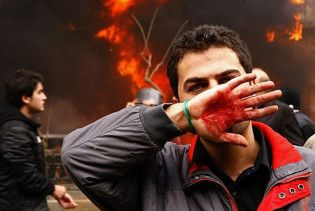 В Тегеране оппозиционеры устроили бойню на похоронах