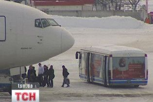 В Украине из-за непогоды закрыты два аэропорта