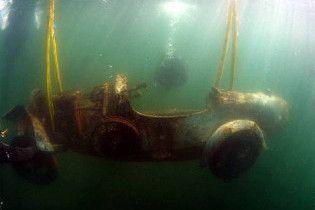 Ржавый Bugatti со дна озера продали за 260 тысяч евро