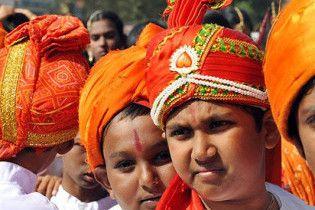 Через 40 лет Индия обгонит Китай по численности населения
