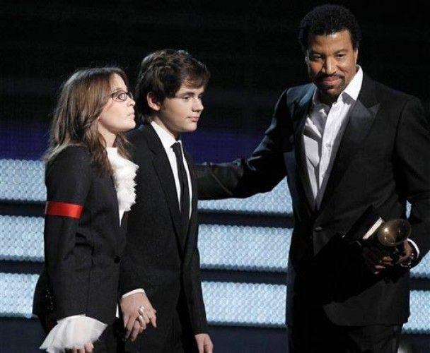 Охранник Джексона считает себя биологическим отцом его сына Принса