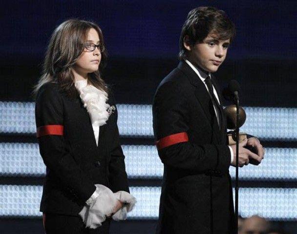 Дети Майкла Джексона получили Grammy